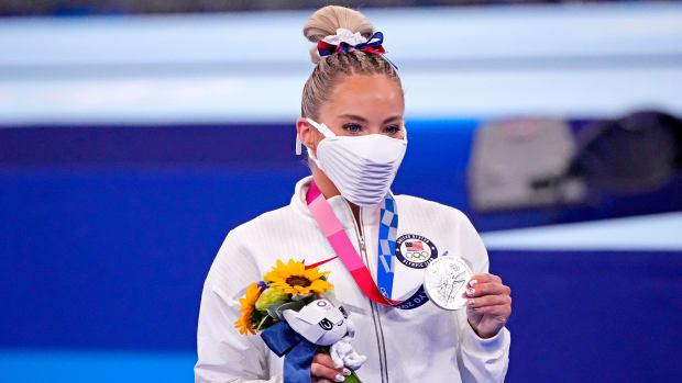 MyKayla Skinner celebrating her silver medal.
