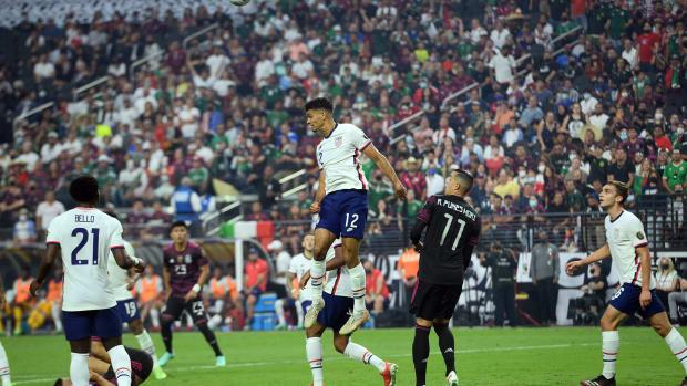 USA-Mexico-Miles-Robinson-Gold-Cup
