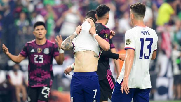 Arriola-USA-Mexico-Gold-Cup-Final
