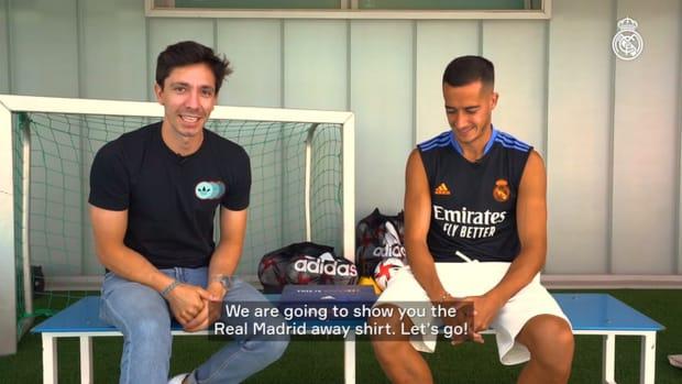 Lucas Vázquez unveils Real Madrid's away kit