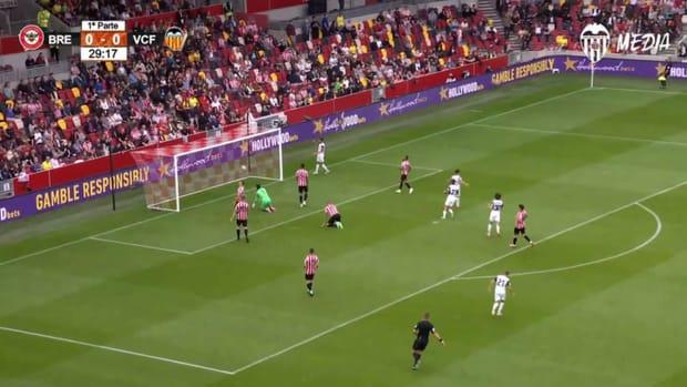 Diego López's goal against Brentford