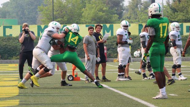 Offensive Linemen Blocking