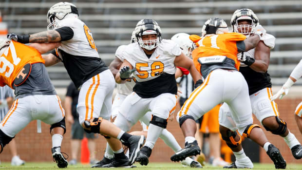 KNOXVILLE, TN - August 12, 2021 - Offensive lineman Darnell Wright #58 of the Tennessee Volunteers during 2021 Fall Camp practice in Neyland Stadium in Knoxville, TN. Photo By Caleb Jones/Tennessee Athletics