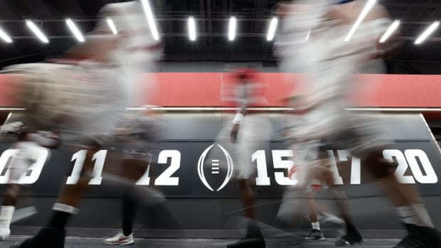 Alabama football scrimmage tunnel, August 14, 2021