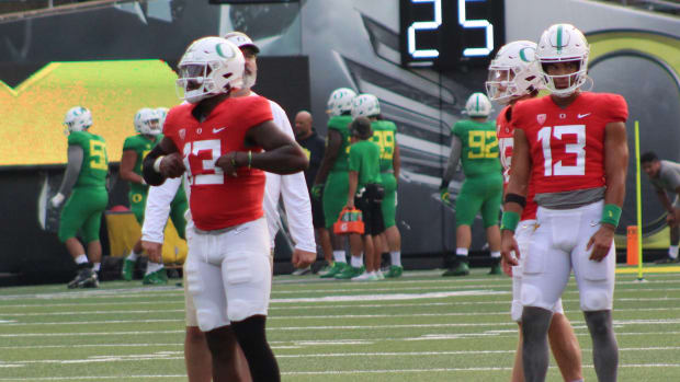 Oregon Quarterbacks Fall Camp Scrimmage 1