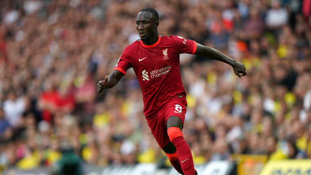 Naby Keita dribbles the ball in the Red's opening day win against Norwich