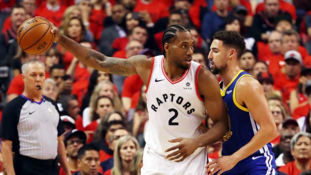 NBA-execs-badmouth-Kawhi-and-Klay-Leonard-and-Thompson-GettyImages-1155106766