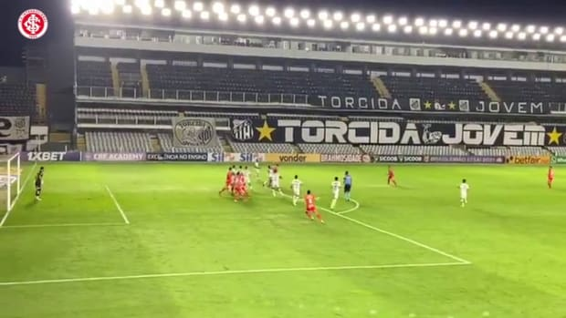 Gabriel Mercado and Yuri Alberto secures a draw for Internacional against Santos
