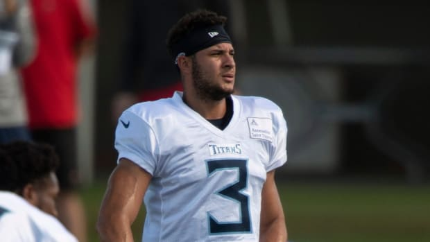 Tennessee Titans cornerback Caleb Farley (3) warms up during a joint training camp practice against the Tampa Bay Buccaneers at AdventHealth Training Center Wednesday, Aug. 18, 2021 in Tampa, Fla.