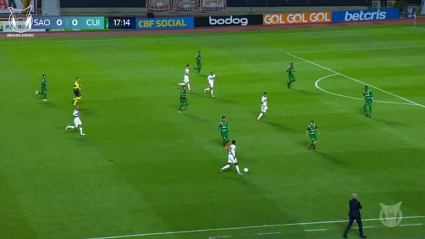Martin Benitez's first goal at Sao Paulo