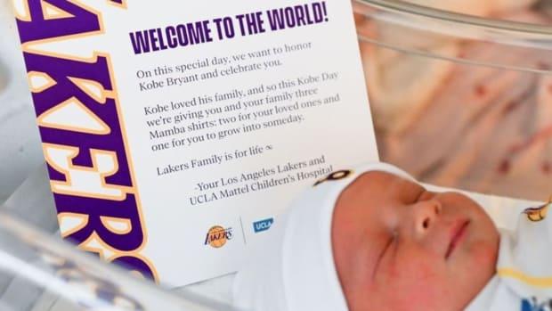 Kobe Bryant Birthday Gift from Lakers