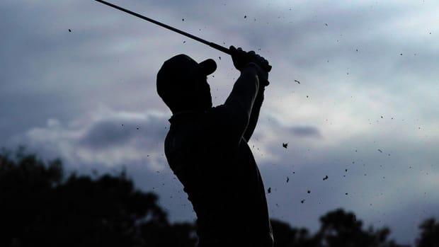 golfer-silhouette