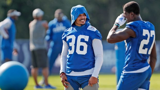Cornerback Andre Chachere (#36), talks with cornerback Xavier Rhodes (#27) during Colts camp practice Tuesday, Aug. 24, 2021 at Grand Park Sports Campus in Westfield. Chachere is recovering from a concussion. Colts Camp Practice Continues At Grand Park Sports Campus In Westfield Tuesday Aug 24 2021