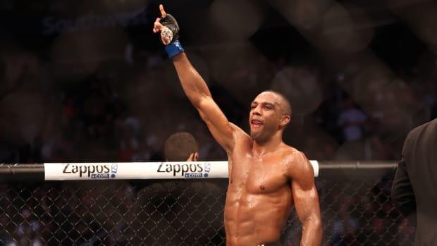 UFC Barboza