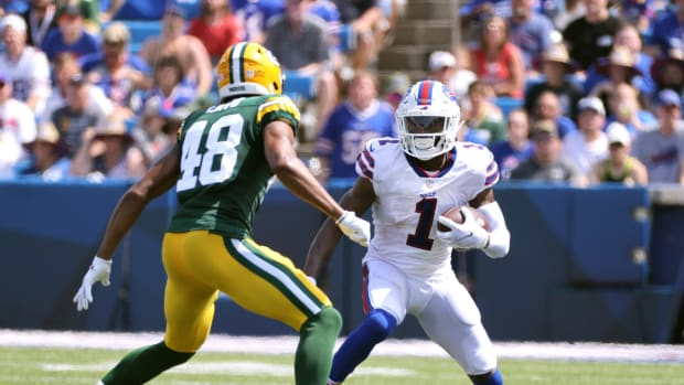 Emmanuel Sanders (1) caught four passes for the Buffalo Bills against Green Bay.