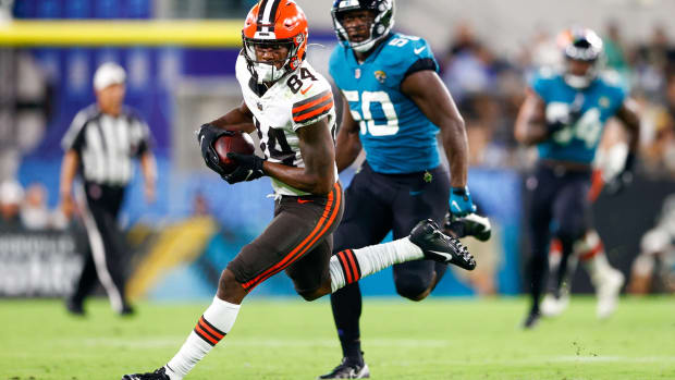 Aug 14, 2021; Jacksonville, Florida, USA; Cleveland Browns wide receiver Ja'Marcus Bradley (84) runs the ball against the Jacksonville Jaguars in the third quarter at TIAA Bank Field. Mandatory Credit: Nathan Ray Seebeck-USA TODAY Sports