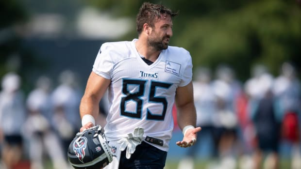 Tennessee Titans tight end Luke Stocker (85) walks to the next drill during a training camp practice at Saint Thomas Sports Park Monday, Aug. 2, 2021 in Nashville, Tenn.