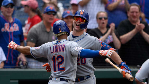 Francisco Lindor cranks the go-ahead two-run homer to help the Mets overcome a blown nine-run lead against the Nationals.