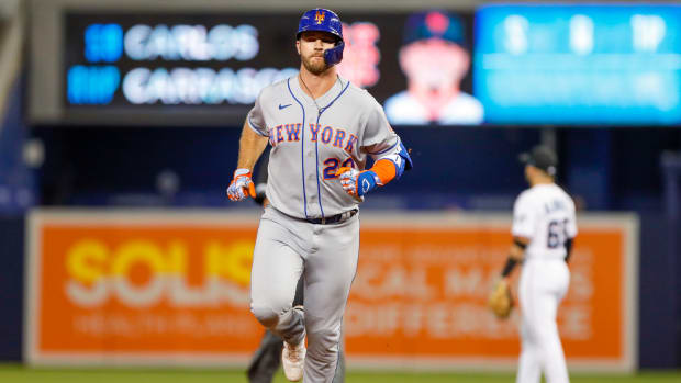 Sep 7, 2021; Miami, Florida, USA; New York Mets first baseman Pete Alonso (20) rounds the bases after hitting a home run during the first inning against the Miami Marlins at loanDepot Park.