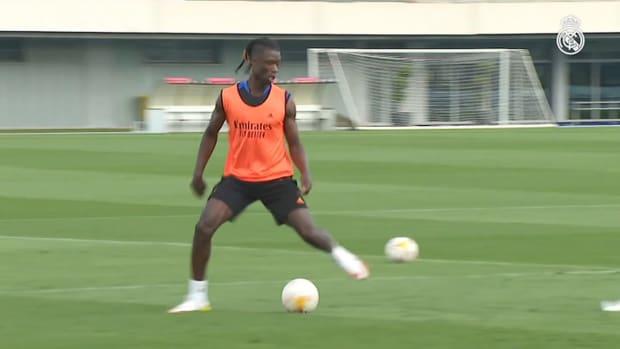 Karim Benzema, Thibaut Courtois, David Alaba and Luka Jović return to training
