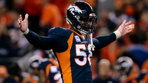 Denver Broncos outside linebacker Von Miller (58) in the second quarter against the New York Giants at Sports Authority Field at Mile High.