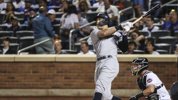 Yankees RF Aaron Judge hits home run against Mets