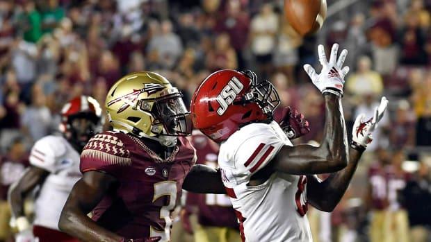 Damond Philyaw-Johnson (85) catches the game winning touchdown pass against Florida State.