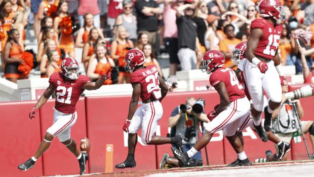 Jase McClellan celebrates a touchdown