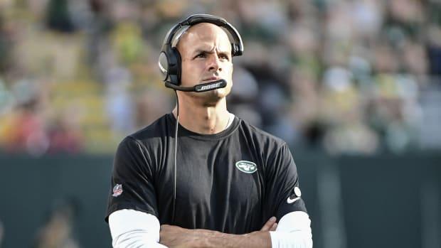 Jets head coach Robert Saleh on sideline