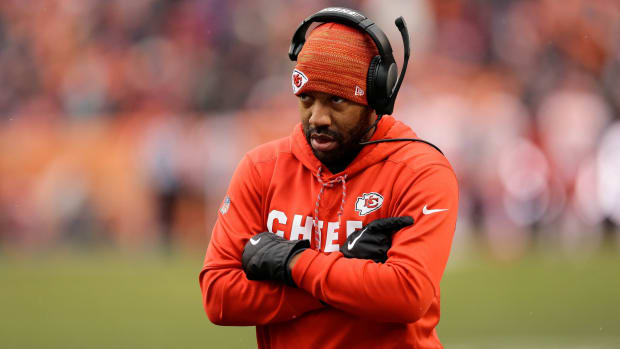 Dec 31, 2017; Denver, CO, USA; Kansas City Chiefs wide receivers coach Greg Lewis in the first quarter against the Denver Broncos at Sports Authority Field at Mile High. Mandatory Credit: Isaiah J. Downing-USA TODAY Sports