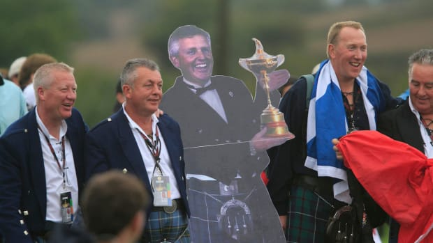 Colin Montgomerie fans at the 2010 Ryder Cup.