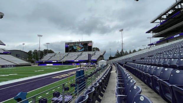 Clouds hang over Husky Stadium this weekend.