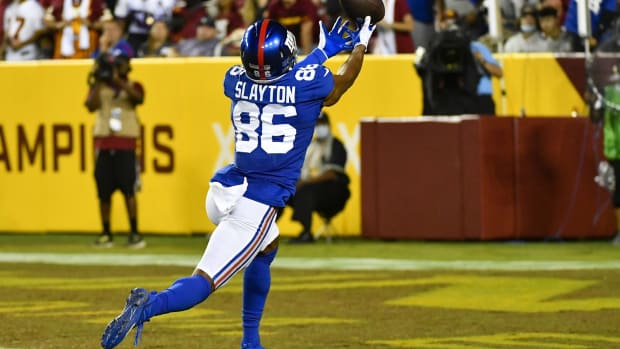 Sep 16, 2021; Landover, Maryland, USA; New York Giants wide receiver Darius Slayton (86) is unable to make a catch against the Washington Football Team during the second half at FedExField.