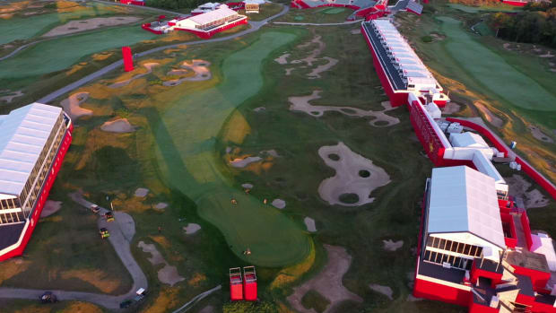 Straits Course - Drone View _ Hole 1 Green