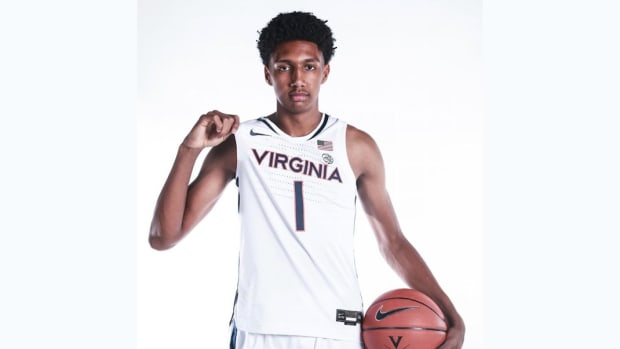 Ryan Dunn Virginia Cavalier's Men's Basketball