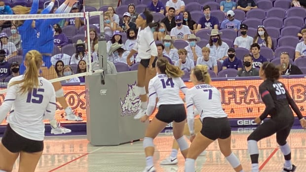 September 18, 2021: TCU Volleyball battles crosstown rival in front of the largest crowd of the season. SMU won 3-2 Schollmaier Arena.