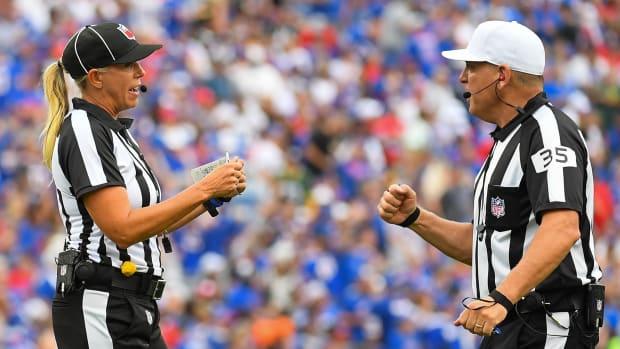 nfl-referees-2021