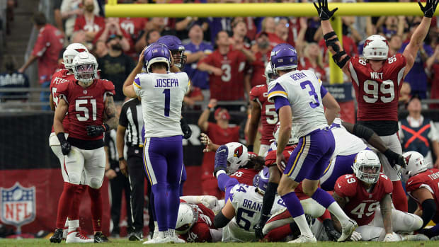 Greg Joseph (1) after he missed a field goal.