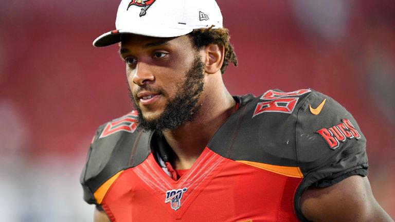 NFL Trade Deadline Passes, Bucs Stand Pat