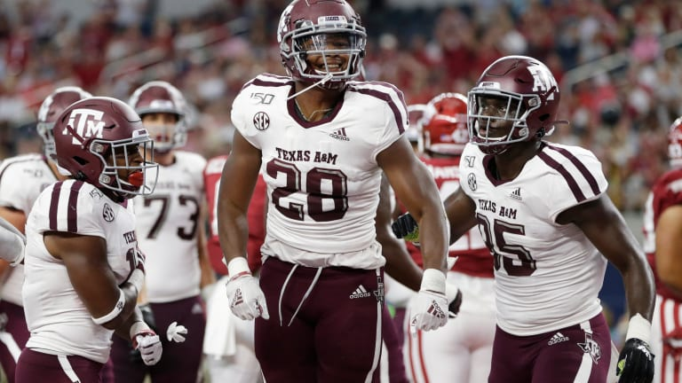 Freshman Spiller Shines in Oxford for Aggies Offense