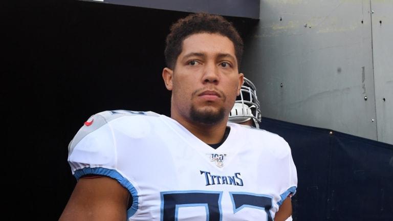 Titans promptly bring back defensive lineman