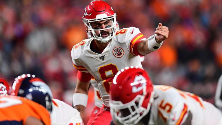 Chiefs, Backup QB Matt Battle Strong Pass Rush, Sticky Man Coverage vs. Packers