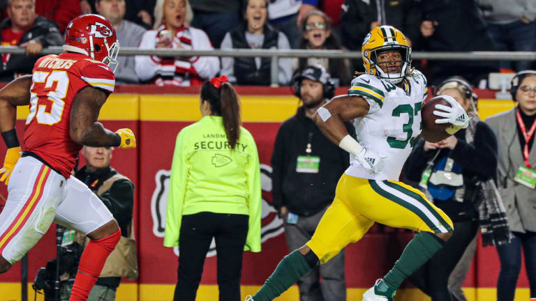 Jones and Rodgers fittingly make clinching play as Packers beat Chiefs