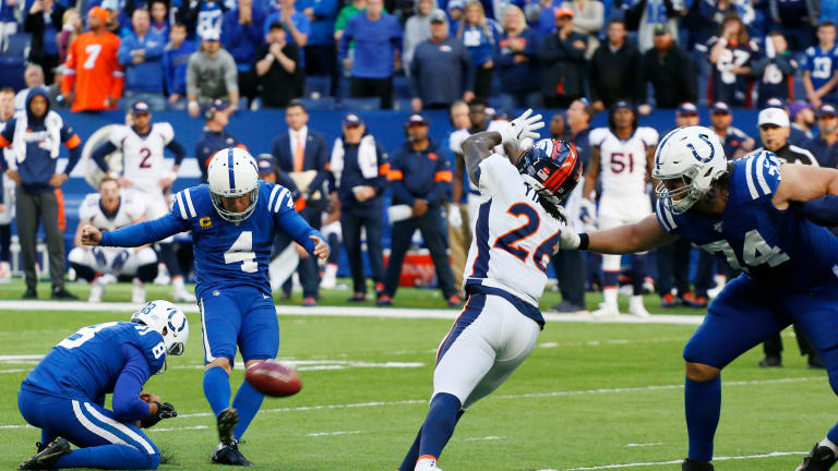 Colts Survive Broncos on Adam Vinatieri's 51-Yard Field Goal in Final Minute