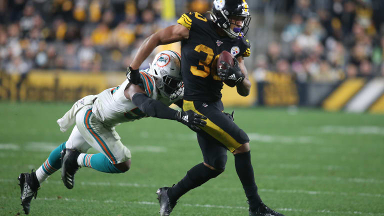 James Conner Suffers AC Joint Injury vs Dolphins
