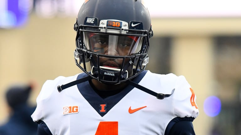 Illini's Lovie Smith Declines to Update Ricky Smalling's Injury Status