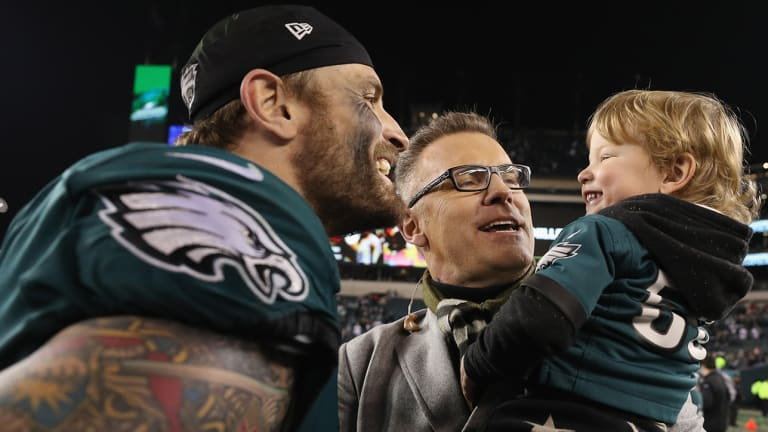 Traina Thoughts: Chris Long Convinces People That His 2-Year-Old Son Is on Twitter