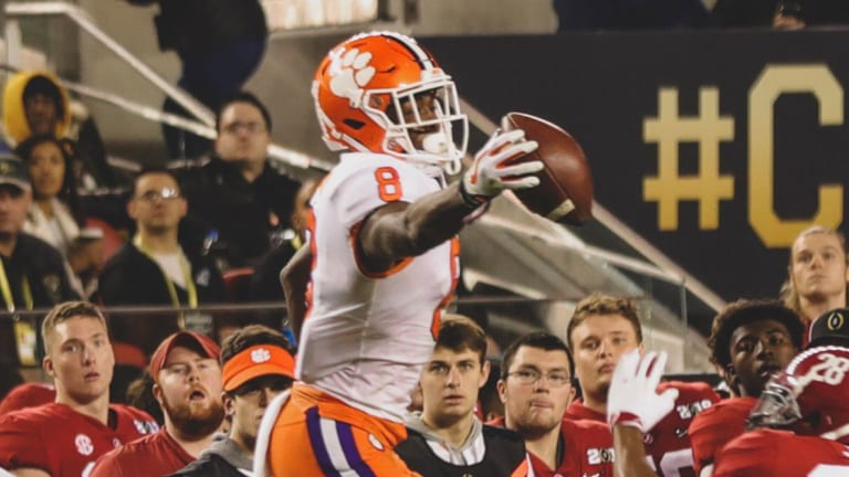 WATCH: Clemson's Justyn Ross Made Two Ridiculous One-Handed Catches in One Drive