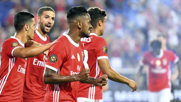 VÍDEO | El Benfica aprovechó las nuevas normas para salir de la presión contra el Milan