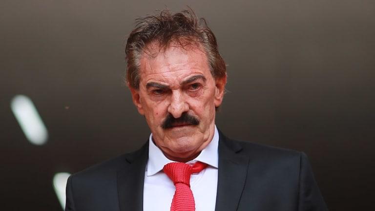 La Volpe afirma que Hugo Sánchez no ha demostrado conocimientos de futbol